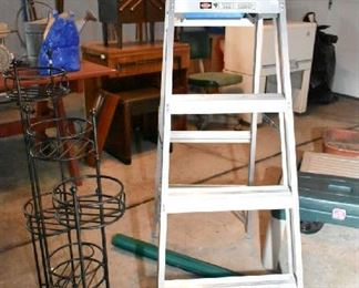 LADDER, PLANT STAND
