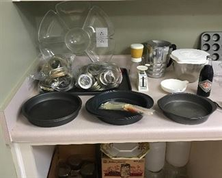 Canning jars and bakeware