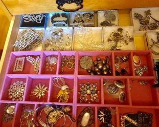 Lots of costume sterling n nice jewelry