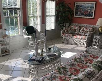 Gorgeous wicker sunroom furniture