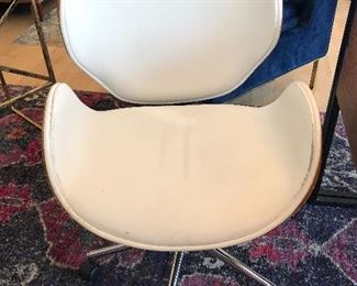 2 Mid century style desk chairs