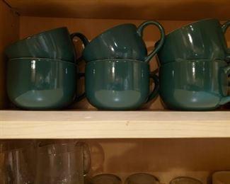 Set of 6 green mugs