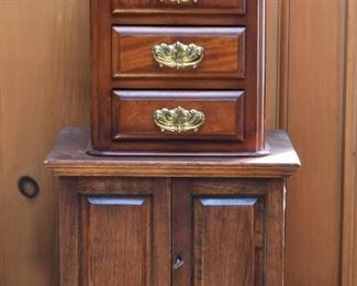 Small / Miniature Chests