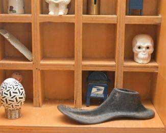 Miniatures, Shoe Form