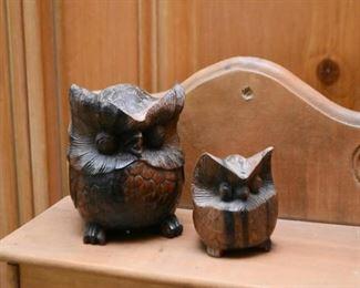 Wood Carved Owl Figurines