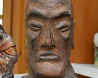 Wood Carvings / Statues / Figurines