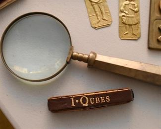 Brass Magnifying Glass, I Qubes Game