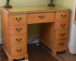 Wooden Keyhole Desk