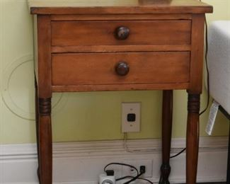 Antique / Vintage Wood Nightstand / Side Table with 2 Drawers