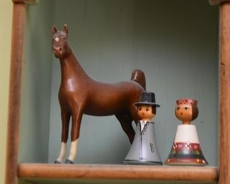 Horse Figurine & Miniatures