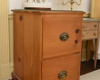 Pine 2-Drawer File Cabinet