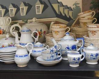 Miniature Tea Sets, Teacups / Demitasse Cups