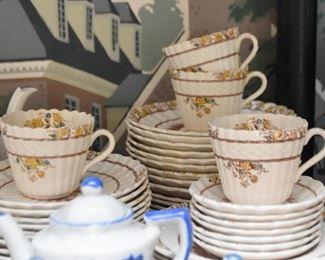 Teacups / Demitasse Cups