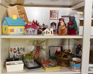 Christmas Decor & Ornaments (Department 56 & More)