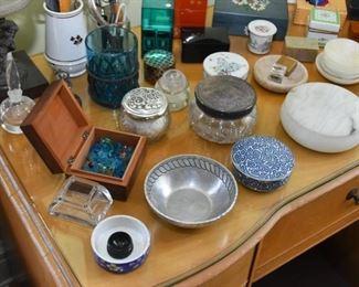 Vanity Items, Trinket Boxes, Bowls