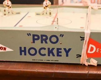 Vintage Table Top Hockey Game (1 of 2)
