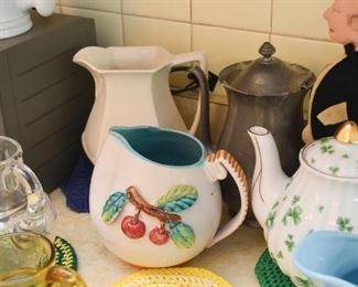 Pitchers & Teapots
