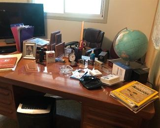 office supplies, globe and clocks