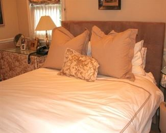 Bed, Linens and Pillows