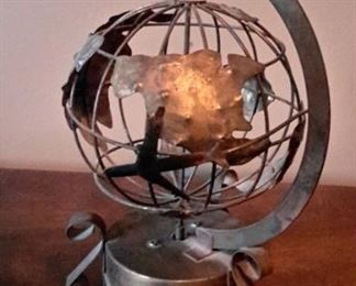 """Around the World in 80 Days"" metal music box...works!"