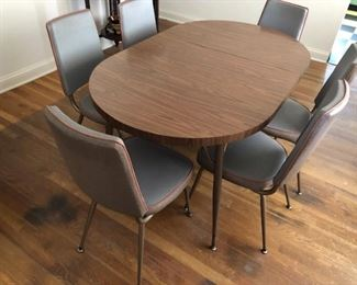VINTAGE 60's-70's KITCHEN TABLE & 6 CHAIRS $100