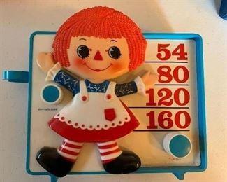 Raggedy Ann vintage toy radio