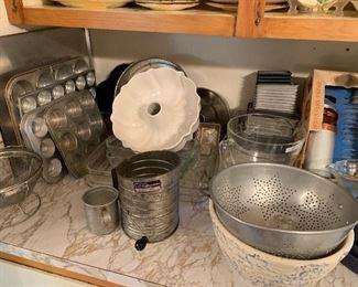 Aluminum pans