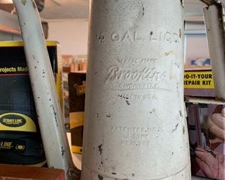 Rare large advertising oil can with movable spout