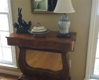 Empire Petticoat Table