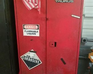 Ford Taurus Tool Locker from Ford Motor Co. Plant $