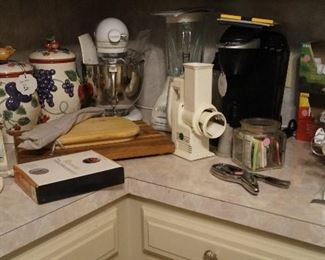 Kitchen aid, Keuring, canisters, small appliances