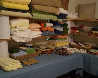 towels, blankets, table linens,
