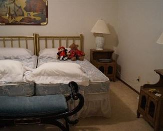 twin bed, lamps, bench, night stands, pillows, bears