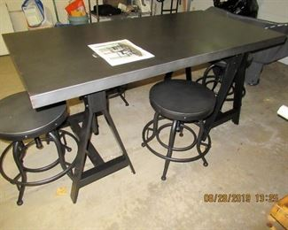 WONDERFUL INDUSTRIAL TABLE WITH 4 STOOLS TABLE AND STOOLS ADJUSTABLE