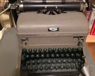 Royal Typewriter in excellent condition