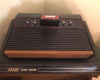 Atari - comes with several games