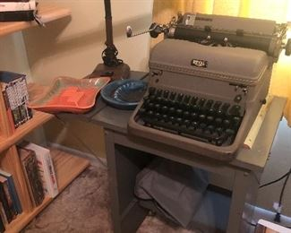 Great typewriter - functions well