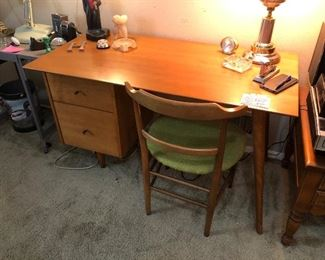 Mid Century desk so sorry family has pulled this from the sale at the last minute. We are sorry for the late post. Thank u!
