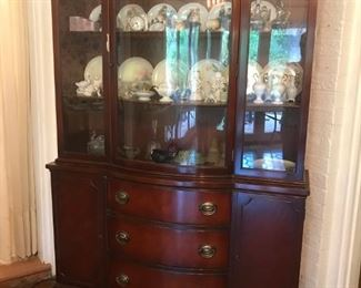 Duncan Phife China Cabinet matching table with leaves.