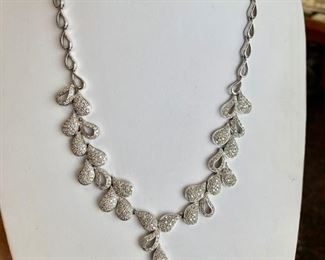 6 carat diamond teardrop necklace