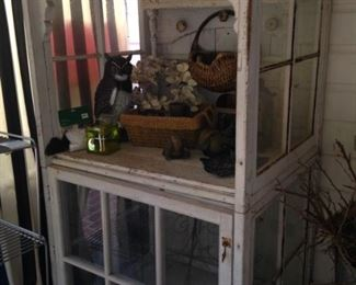 Shabby Chic display unit