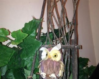 Every owl needs a twig chair