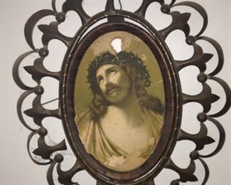 Oval portrait of Jesus