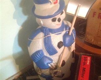 Vintage snowman in blue!