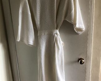 New off white cotton robe XL $40, comes with a $25 Nordstrom Gift Card.