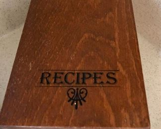 Vintage recipe box with recipes