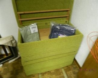 2 storage boxes