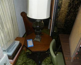 end table/lamp