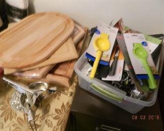 cutting boards/utensils
