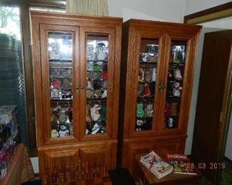2 cabinets/Beanie Babies